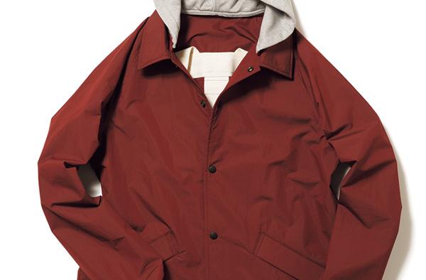 ユニクロの人気ダウン、買うべき色はブラウンコートに好相性なコレ!