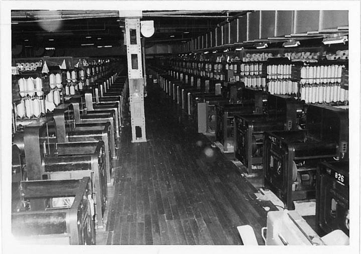大阪の紡績メーカー「新内外綿」当時の内観