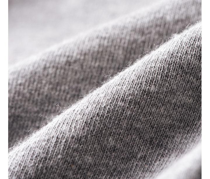 グレー杢の色みは白×黒の優しい霜降り