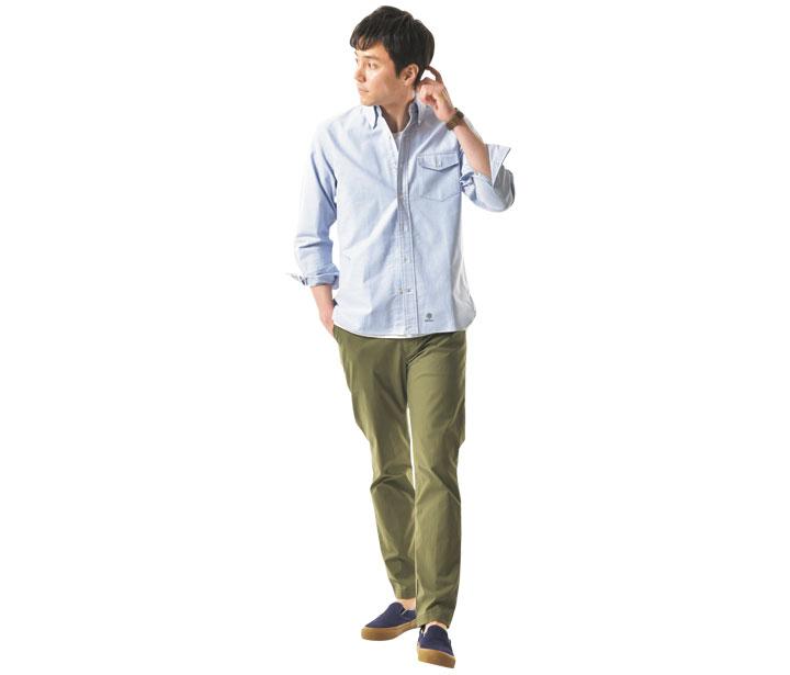 J.プレス×ブルーブルーのアービンBDシャツはアウトで着やすいよう微調整されている