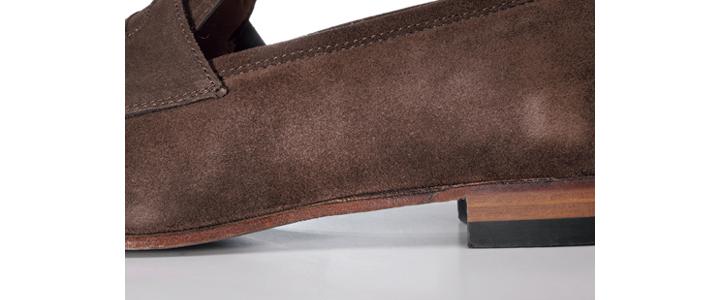 シップスのコインローファー靴底
