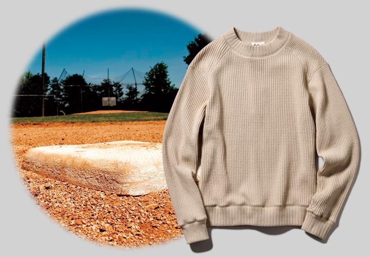 ジャックマンのビッグワッフル ミッドネックシャツとグラウンドの土画像