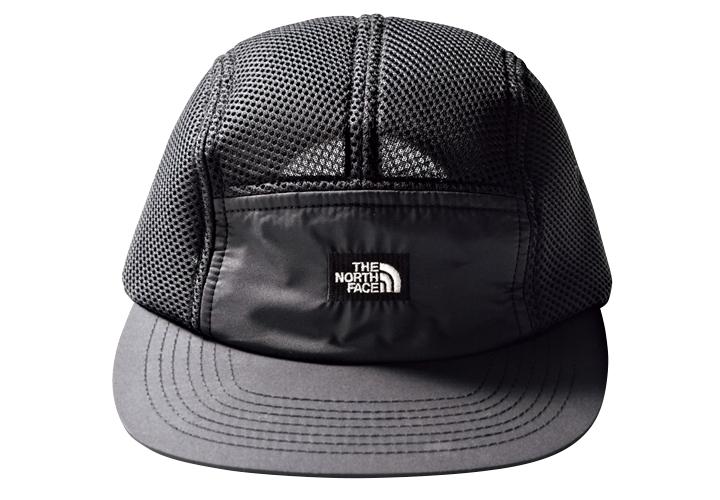 大人の今どき帽子は黒のジェットキャップ