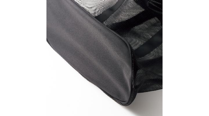 モンベルのメッシュバッグ、底部