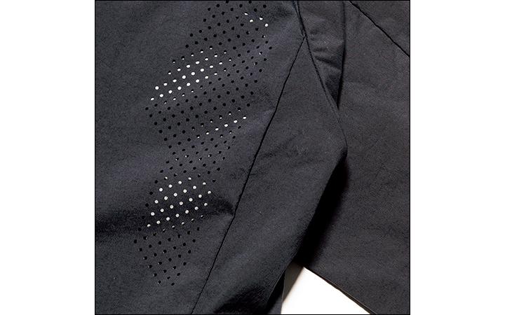 アルクフェニックスのザック ジャケット&クランク スリム パンツ肩裏拡大画像