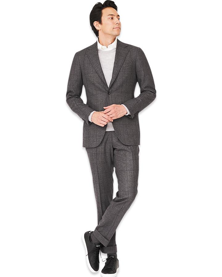 アドミラル×ザ・スーツカンパニーのスニーカーモデル着用画像