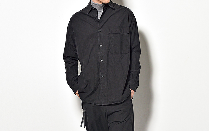 ラペルなしシャツ型セットアップで即お洒落
