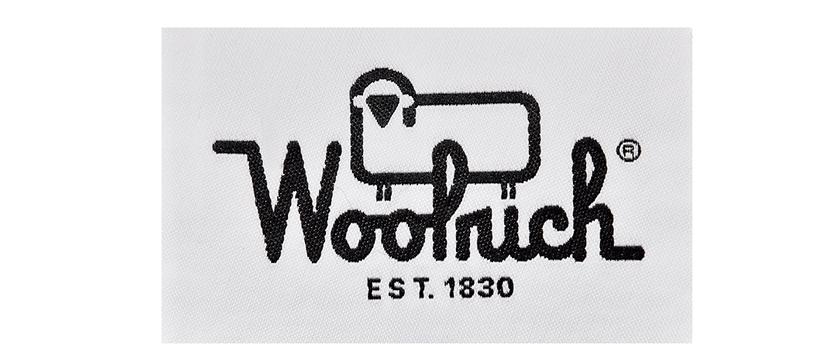 ウールリッチのロゴ