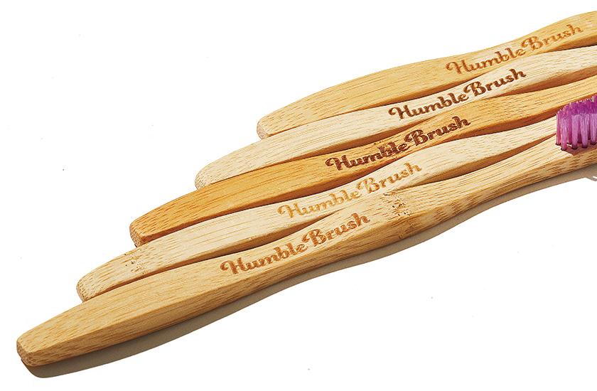 ハンブル ブラッシュの歯ブラシ 持ち手はナチュラルな抗菌作用のある竹材