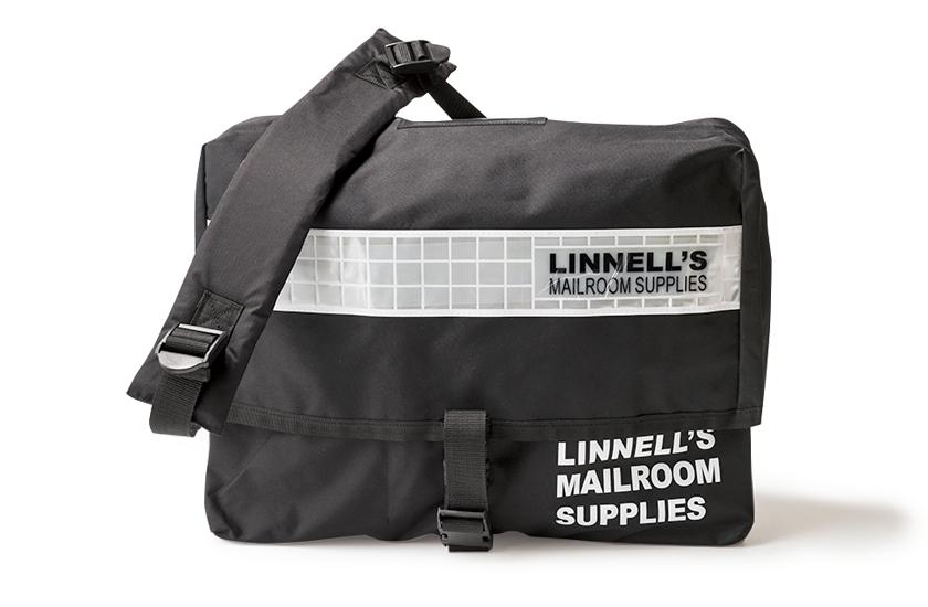 MICHAEL LINNELL マイケル リンネルのビッグメッセンジャーバッグ 商品写真