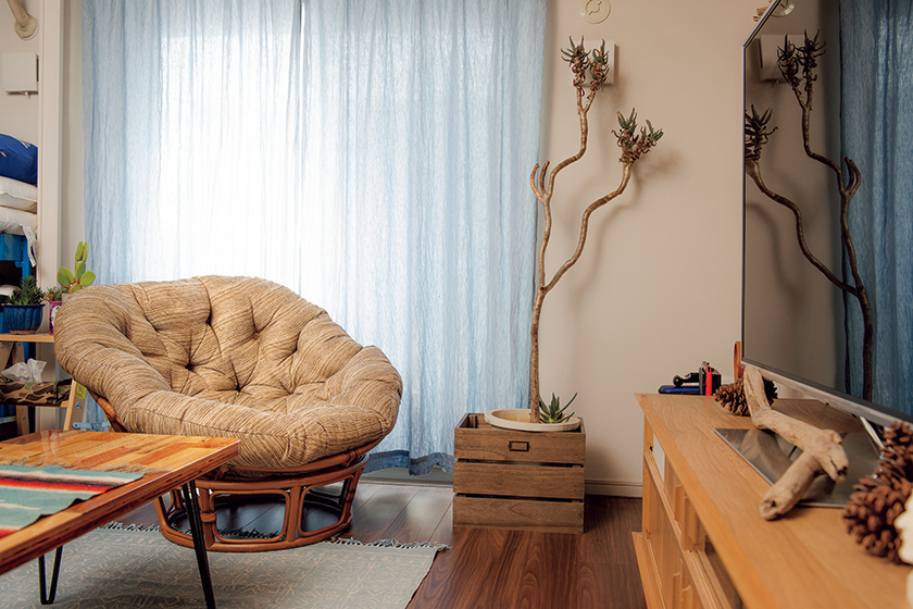 ACME Furniture アクメ ファニチャーのウィッカー イージー チェア