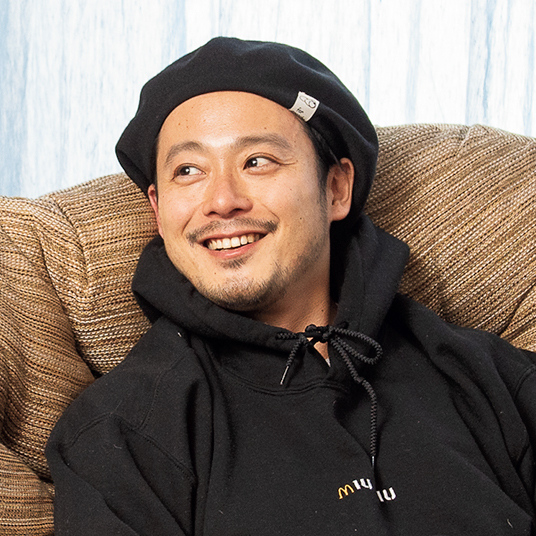 アクメ ファニチャー プレスの勝山龍一さん