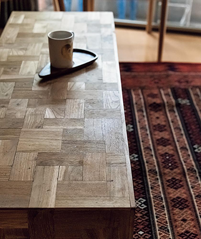 アクメ ファニチャーのモンテシトラグと木製家具