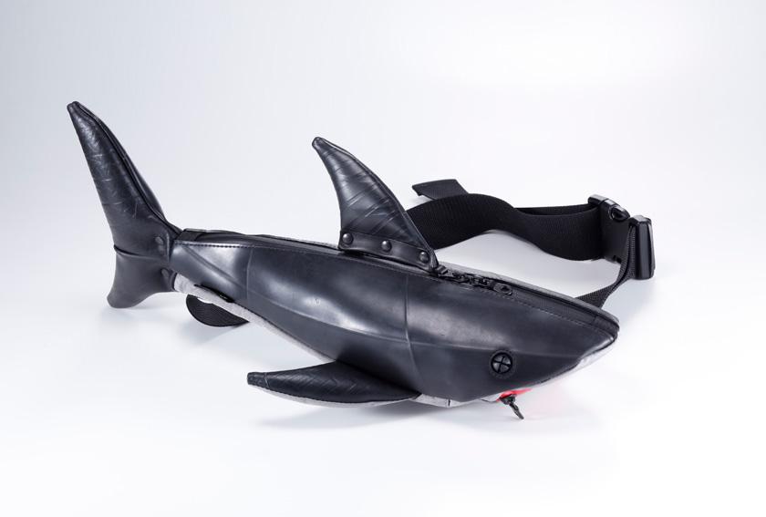 サメ廃タイヤバッグ