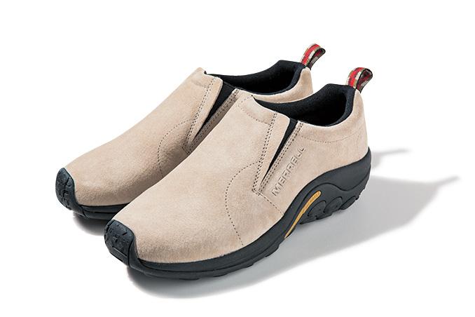 こちらがリラックスの名靴、メレルのジャングルモック