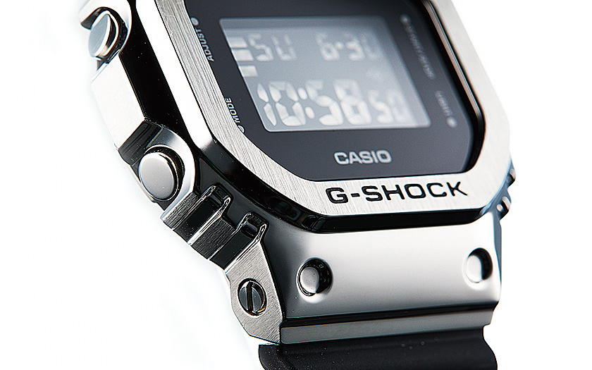 Gショック G-SHOCKのGM-5600-1JF