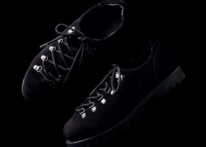 図らずもニュアンス名人に。色落ちスリムフィットデニムに合わせる靴No.1は?