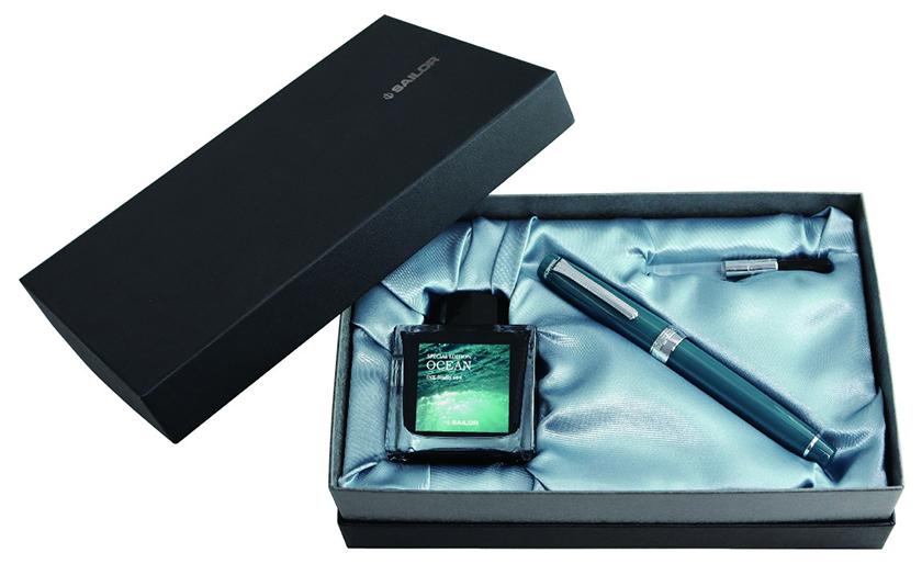 セーラー万年筆のプロフェッショナルギア 銀 万年筆 オーシャン 限定パッケージ