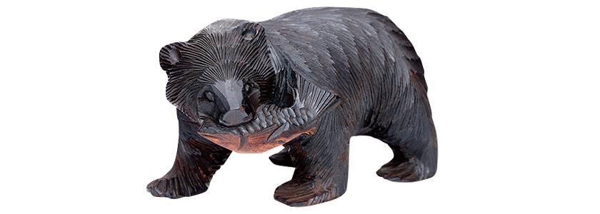 阿寒湖の木彫り 熊の置物