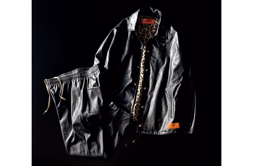 ユニバーサルオーバーオール×ジーンズファクトリーのエコレザー ビッグコーチジャケット、エコレザー シェフパンツ