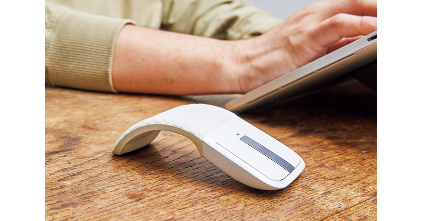Microsoft マイクロソフト アークタッチマウス