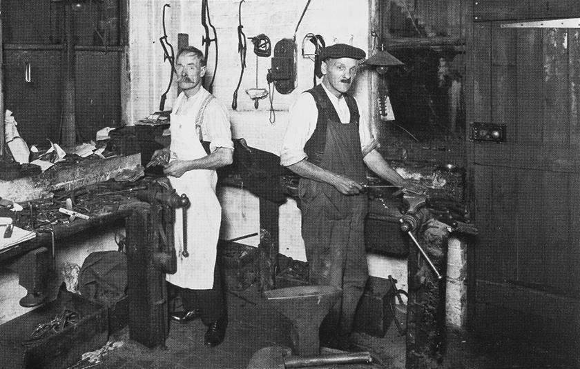 ホワイトハウスコックスの英国の自社工場