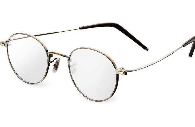 JINSの3in1メガネがNEWスタンダード!