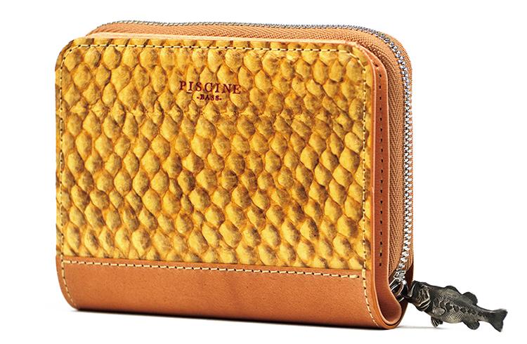 「残さず使う」は革小物でも新潮流。独特の質感とシボが味わえる名刺入れ&ミニ財布